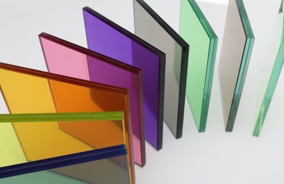 colour safted laminated glass